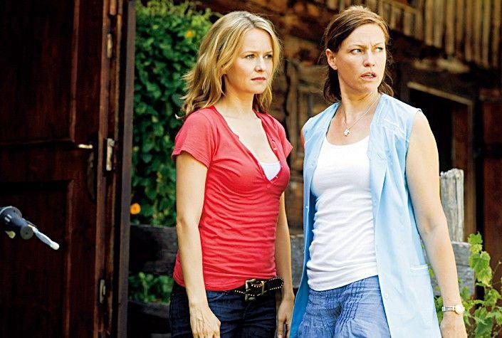 Ungleiche Schwestern: Stefanie Stappenbeck (l.) und Nina Kronjäger