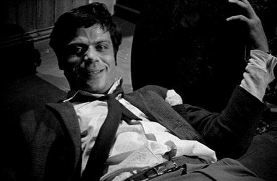 Trunksüchtiger Psychopath: Oliver Reed in einer frühen Rolle als Simon Ashby