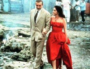 Sieht ziemlich zerbombt aus hier! Sean  Connery und Brooke Adams