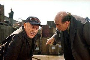Ich will mein Geld! Danny DeVito (r.) und Gene  Hackman