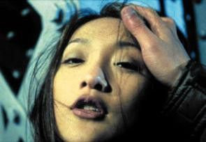 Brilliert in einer Doppelrolle: Zhou Xun als Meimei/Madar