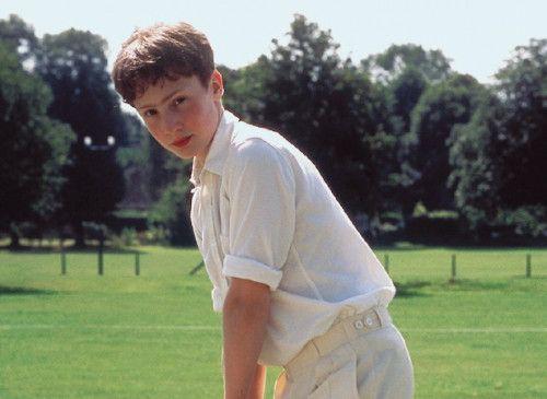 Ein passionierter Cricket-Spieler: Sam Smith als David