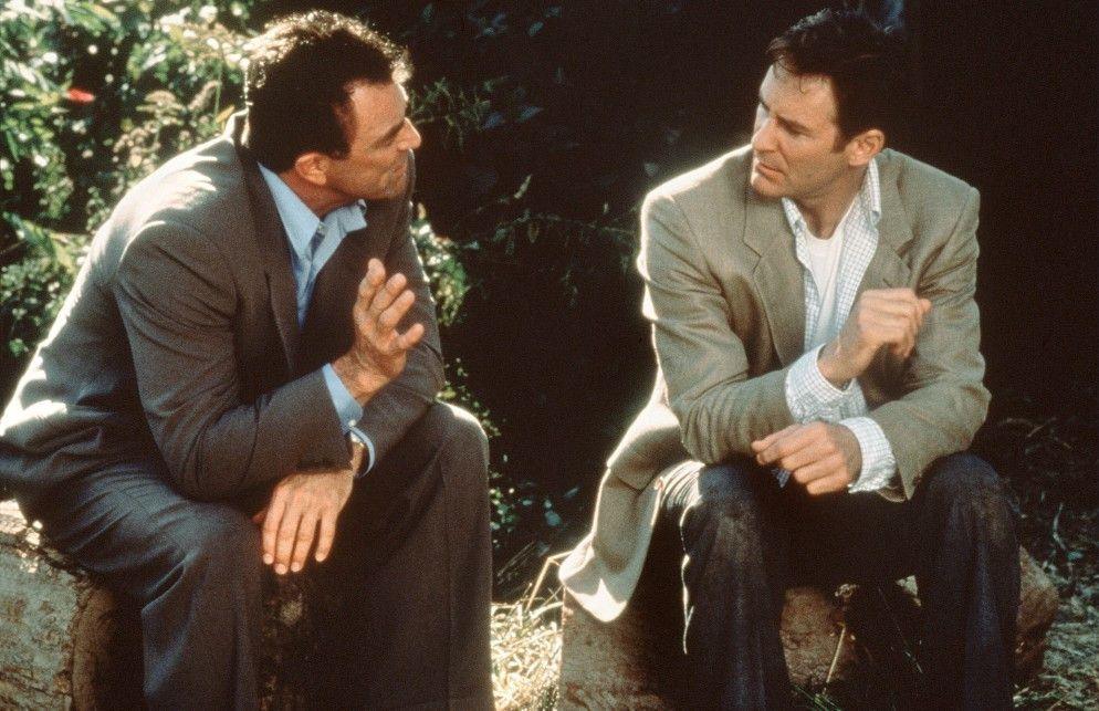 Gegen eine Kuss ist doch nichts einzuwenden, oder? Tom Selleck (l.) und Kevin Kline