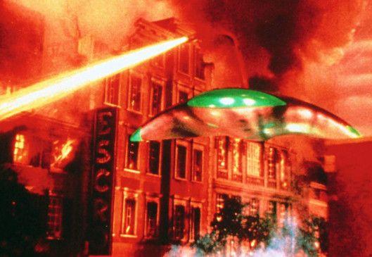 Diese Außerirdischen bedrohen mit ihren tödlichen Hitzestrahlen die Welt