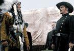 Noch wird zwischen den Soldaten und den Indianern verhandelt ...
