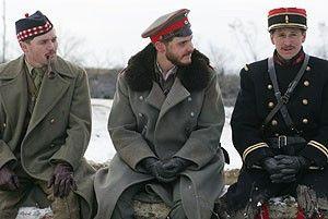 Treffen der Befehlshaber: Alex Ferns, Daniel Brühl und Guillaume Canet (v.l.)
