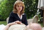 Marie (Muriel Baumeister) ist geschockt, ihr Schwiegervater ist tot