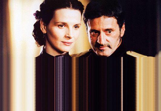 Der Kapitän (Daniel Auteuil) kann Madame La (Juliette Binoche) keinen Gefallen ausschlagen