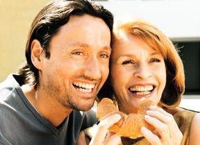 Wir sind doch ein hübsches Paar, oder? Senta Berger  und Ulrich Reinthaller