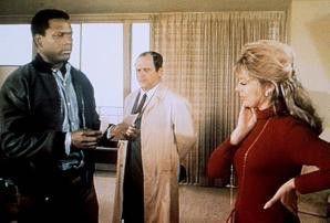 Ja, es gibt auch schwarze Polizisten, M'am! Sidney  Poitier und Sheree North