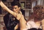 Ich küsse ihren Fuß, Madame: Steven Bauer will Barbara Williams beglücken