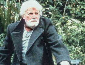 Schön grün hier auf der Insel! Jean Marais in seiner letzten Rolle