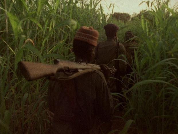Beklemmendes Bild der afrikanischen Unabhängigkeitskämpfe.