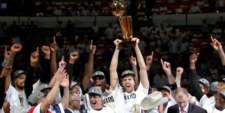 Höhepunkt: Dirk Nowitzki gewinnt die NBA-Meisterschaft.