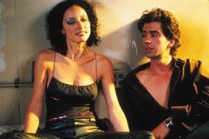 Tja, weiter tanzen oder ab ins Bett? Lola Glaudini  und Hamish Linklater können sich nicht entscheiden