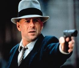 Keine Bange, dich mach ich auch platt - schießwütig: Bruce Willis
