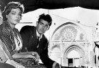 Ob sie uns erwischen? Simone Signoret und Stuart Whitman auf der Flucht