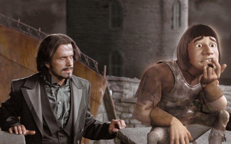 """Wer ist hier mehr tot als lebendig? Christoph Maria Herbst als König und Michael """"Bully"""" Herbig in Geistergestalt"""