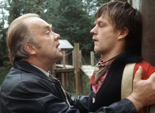 Sag' endlich die Wahrheit! Flemming (Martin Lüttge, l.) hat Alexander Weckwerth (Sebastian Rudolph) gestellt