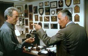 Den Killer rettest du nicht vor der Spritze! James  Woods und Clint Eastwood (l.)