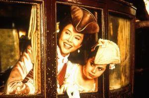 Huhu, wir sind's! Annette Bening (l.) und Fairuza  Balk