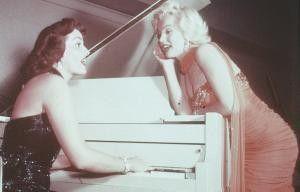 Fangen wir einfach noch einmal neu an! Jane Russell  und Marilyn Monroe