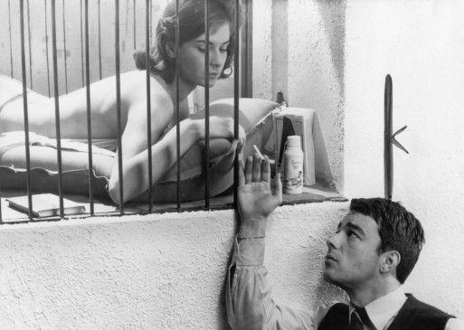 Charles (Gérard Blain) begehrt die schöne Florence (Juliette Mayniel)