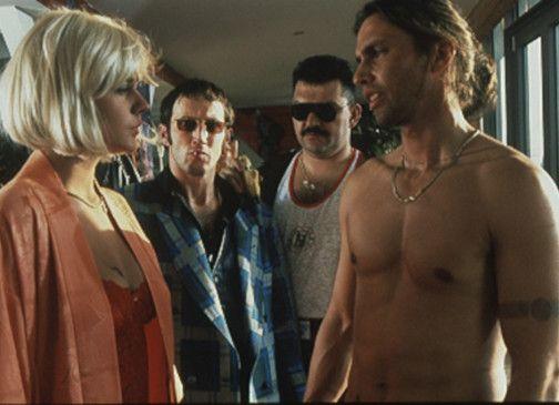 Dumm gelaufen für Prostituierte Sabrina (Christiane Paul): die drei Kerle wollen etwas von ihr ...