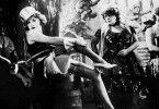 """""""Ich bin von Kopf bis Fufl auf Liebe eingestellt"""": Marlene Dietrich (l.) als Lola"""