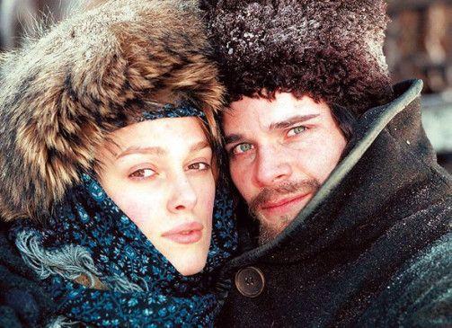 Schiwago (Hans Matheson) und seine Geliebte (Keira Knightley)