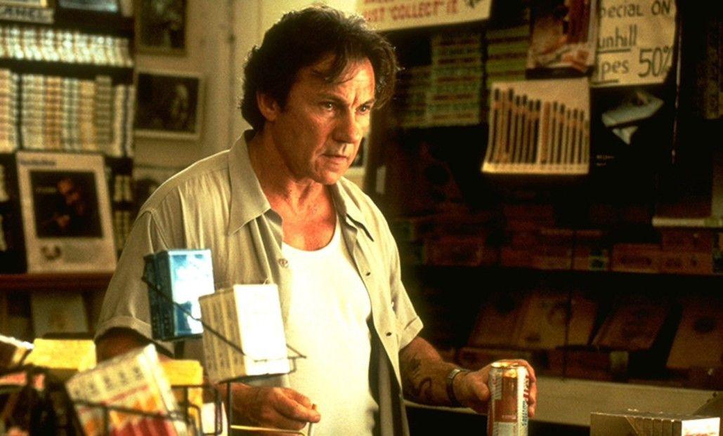 Harvey Keitel in der Rolle des Tabakwarenhändlers Auggie Wren