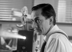 David Strathairn in der Rolle des CBS-Reporters