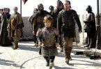 Tyrion Lannister (Peter Dinklage, M.) kommt nach seiner langen Reise nach Königsmund zurück ...