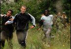 Die Jugendlichen flüchten vor der Polizei