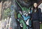 Versucht sich an Graffiti-Kunst: Mathilde Bundschuh als Elisabeth