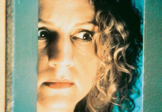 Eva (Andrine Sæther) wird unfreiwillige Zeugin eines Mordes