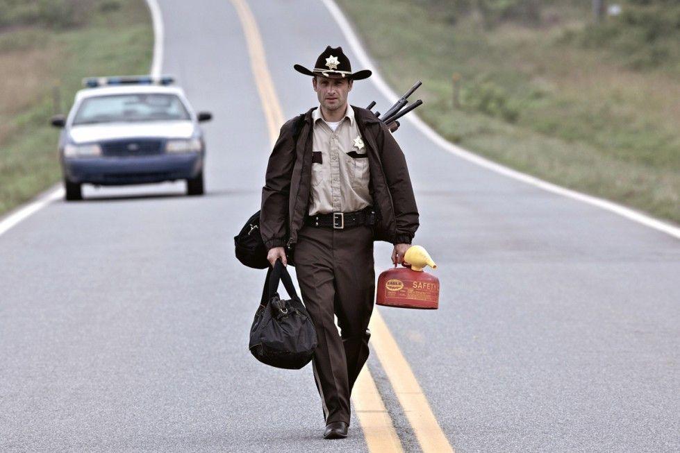 Rick Grimes (Andrew Lincoln) macht sich auf den Weg nach Atlanta, um seine Familie zu suchen