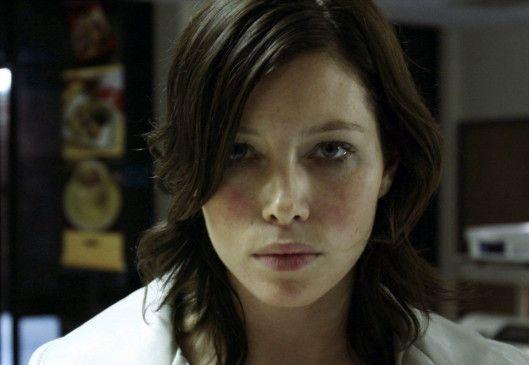 Rose-Johnny (Jessica Biel) will endlich ein vernünftiges Leben führen ...