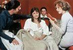 Bereits vom Tod gezeichnet: Harriet Andersson (M.) als Agnes