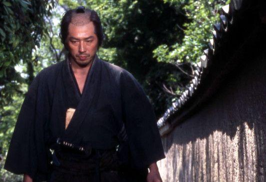 Seit dem Tod seiner Frau muss Seibei Iguchi (Hiroyuki Sanada) die Kinder allein versorgen