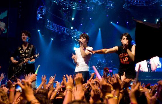 Kleine Mädchen haben sie lieb: die Jonas Brothers in Aktion