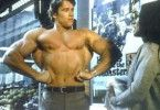 Herkules (Arnold Schwarzenegger) lässt Charme und Muskeln spielen