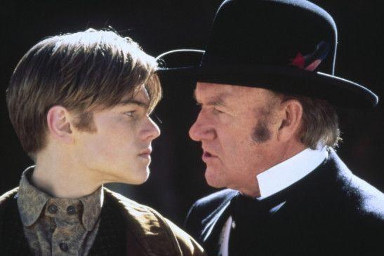 Hey, Knabe, wenn ich mit dir fertig bin, brauchst du keine Titanic mehr! Leonardo DiCaprio  und Gene Hackman