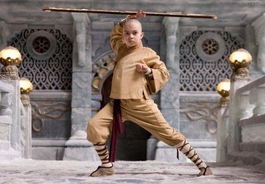 Der junge Aang (Noah Ringer) beherrscht alle Elemente