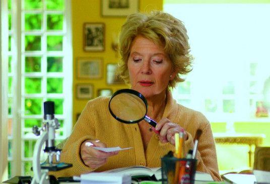 Alma ermittelt - Christiane Hörbiger als Hobby-Detektivin