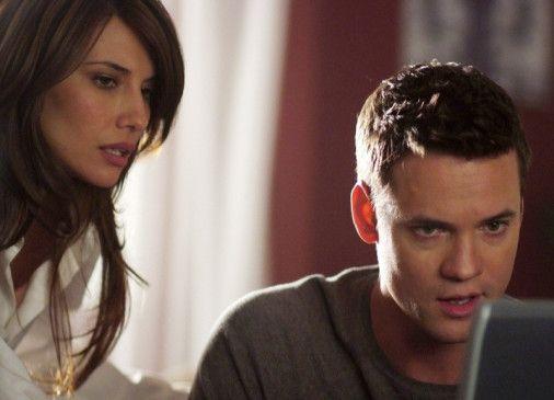 Der Verschwörung auf der Spur: Max (Shane West) und Kamila (Tamara Feldman)