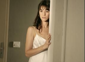Irritierte Ehefrau: Charlotte Gainsbourg