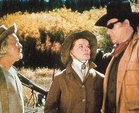 Klappe, sonst gibt's was! John Wayne droht Katharine Hepburn