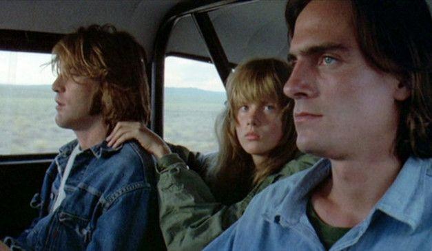 Das ungleiche Trio (Dennis Wilson, Laurie Bird, James Taylor, v.l.) will den Pontiac abhängen ...