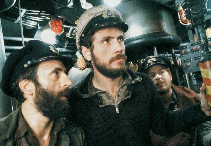 Das Schiff ist genau über uns! Jürgen Prochnow und Klaus Wennemann (l.)